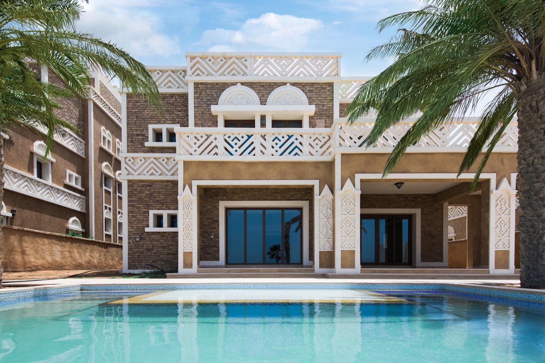 Другая жилая недвижимость для того Продажа на Brand New Beachfront Villa Dubai, Объединенные Арабские Эмираты