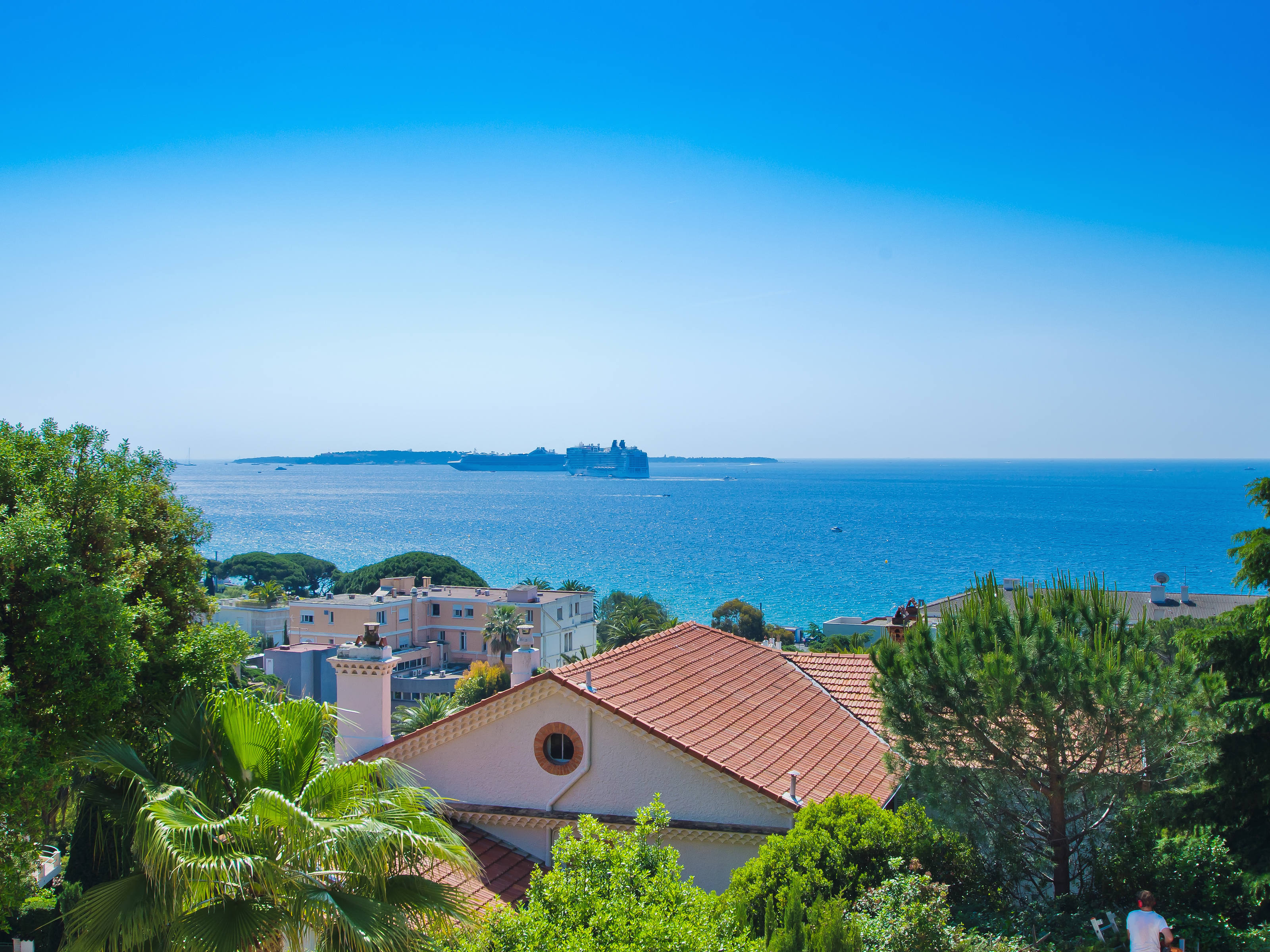 Property For Sale at Cannes - Beautifull 4 bedrooms apartment for sale, panoramic sea view