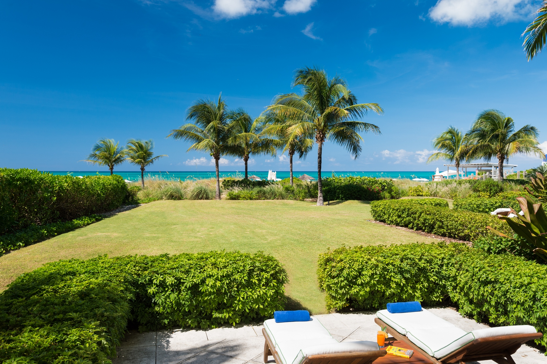 Additional photo for property listing at West Bay Club - Suite 102 Beachfront Grace Bay, Providenciales TC Islas Turcas Y Caicos