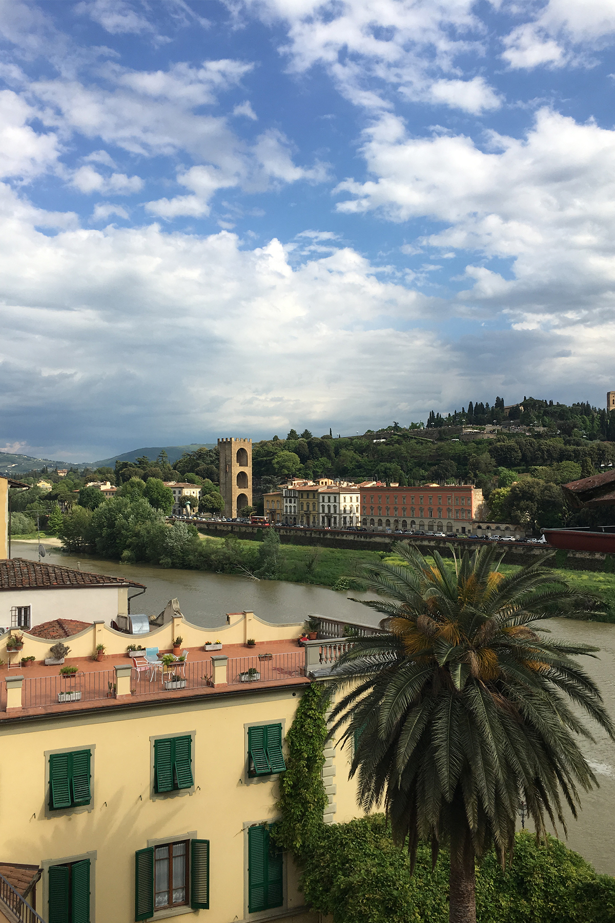 Additional photo for property listing at Luminous apartment with magnificient views in the center of Florence Corso Tintori Firenze, Florence 50100 Italie
