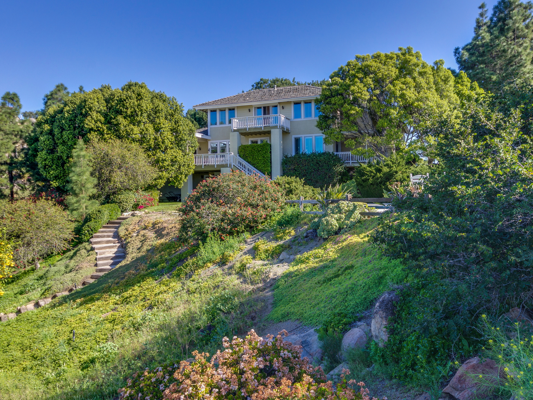 단독 가정 주택 용 매매 에 1518 Vista Sierra Drive El Cajon, 캘리포니아 92019 미국