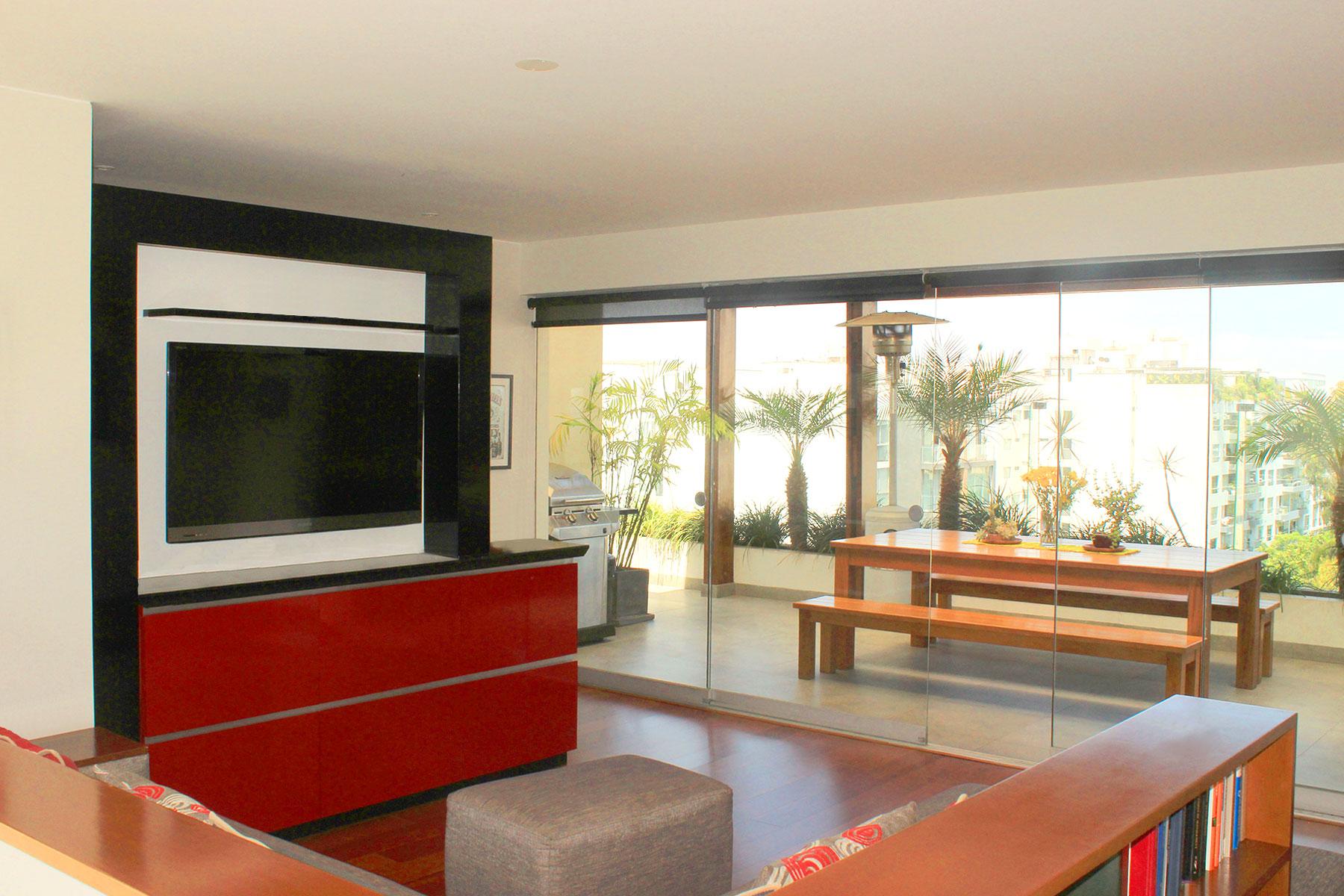 Apartment for Sale at Moderno duplex frente a parque Baden Powell Almirante Lord Nelson Miraflores, Lima, 18 Peru