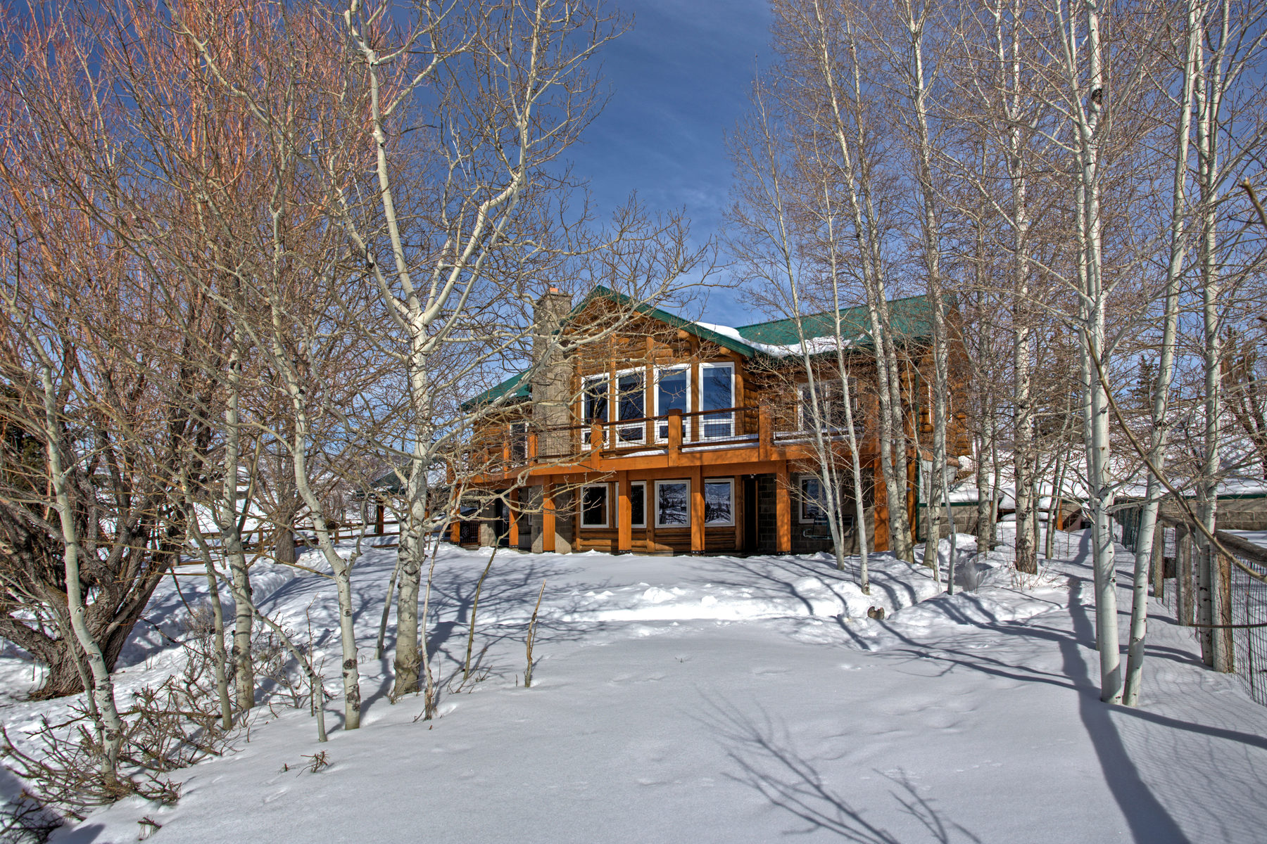 sales property at Gorgeous Log Home in Silver Creek