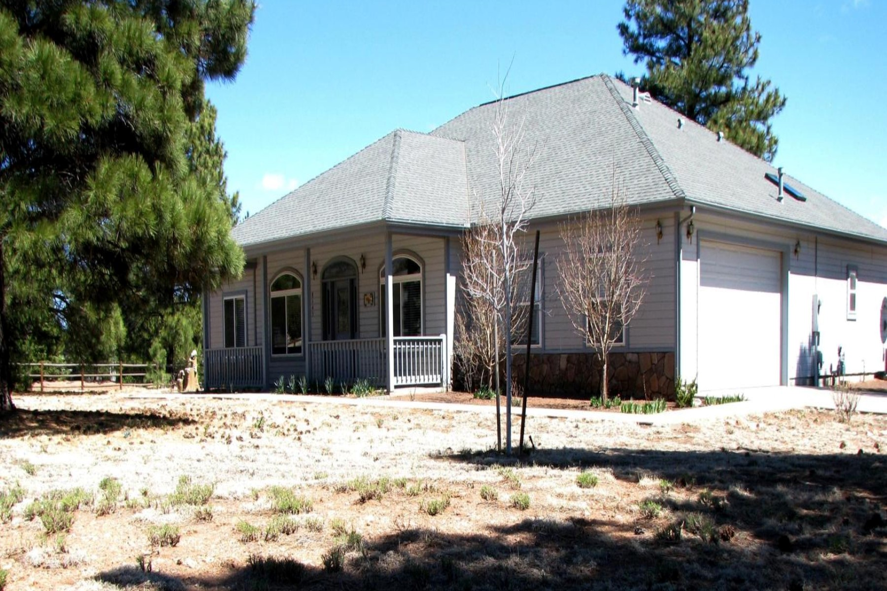 獨棟家庭住宅 為 出售 在 Beautiful equestrian property 8145 N Winchester Dr Flagstaff, 亞利桑那州, 86004 美國