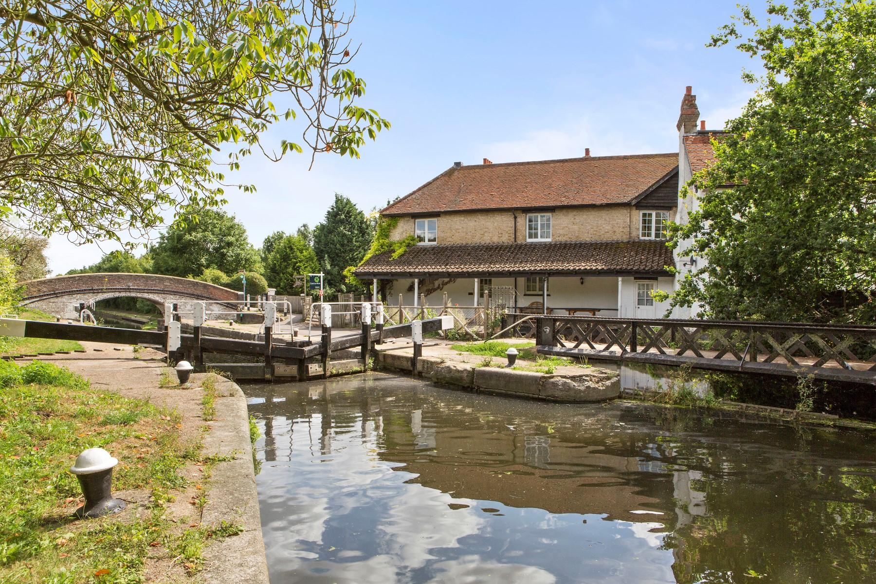 Single Family Home for Sale at Harefield Blackjacks Lock Harefield, England UB96HL United Kingdom