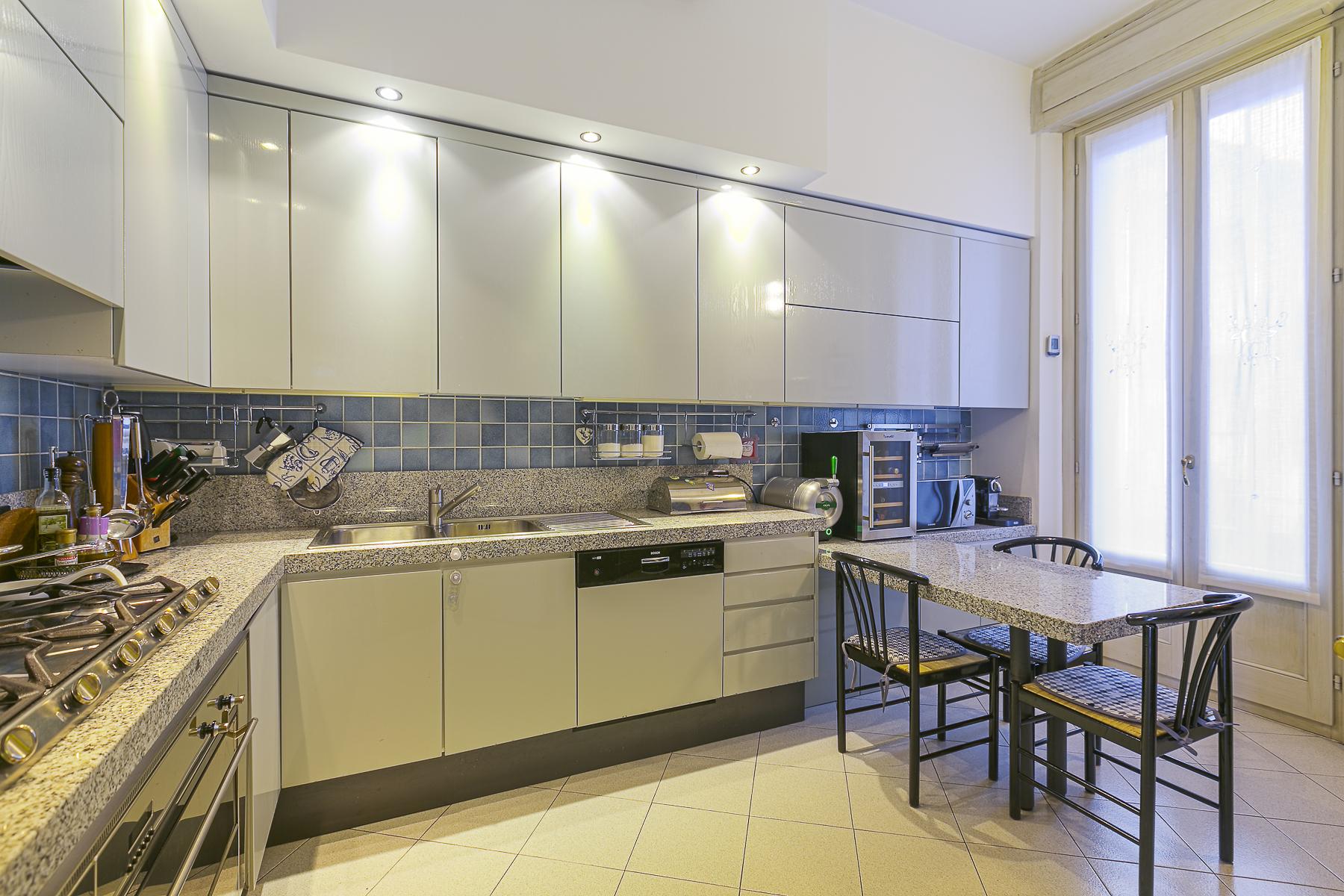 Additional photo for property listing at Splendid apartament in a prestigious building via Cadamosto Milano, Milan 20129 Italy
