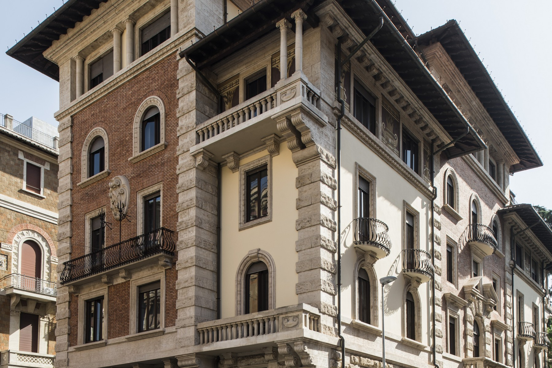 Townhouse for Sale at Exclusive Townhouse in Rome's centre Zona Coppedè Rome, Rome, 00163 Italy