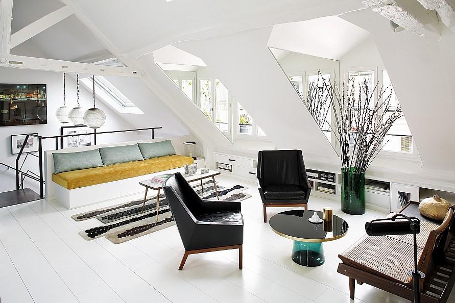 Duplex por un Venta en Duplex let floor near Tuileries Paris, Paris 75001 Francia