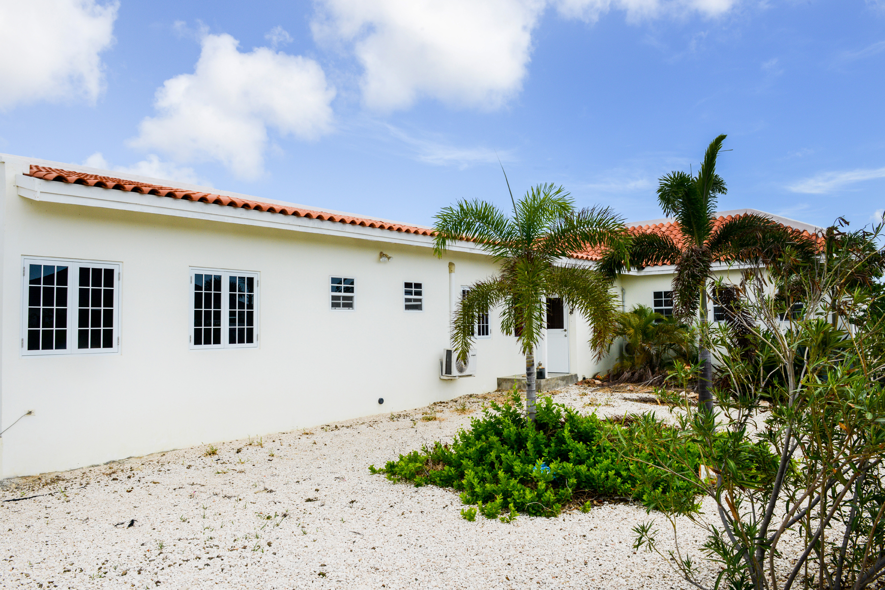 Single Family Home for Sale at Villa Anne in Bonaire Kralendijk, Bonaire