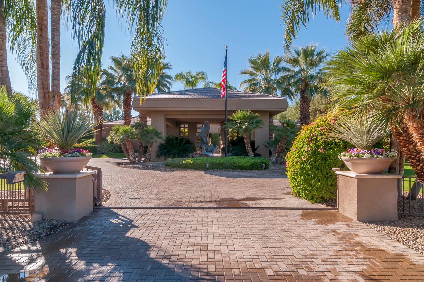 Single Family Home for Sale at 72420 Morningstar Road Rancho Mirage, California, 92270 United States