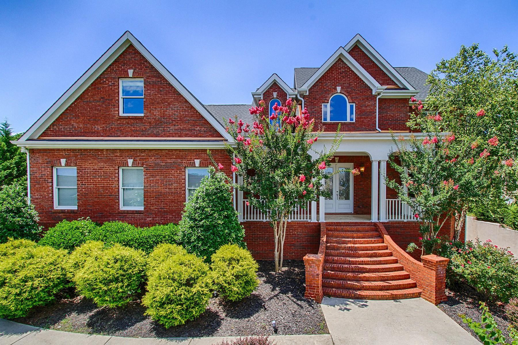 Nhà ở một gia đình vì Bán tại Splendid View in Hampton Creek 7405 Splendid View Drive Ooltewah, Tennessee 37363 Hoa Kỳ