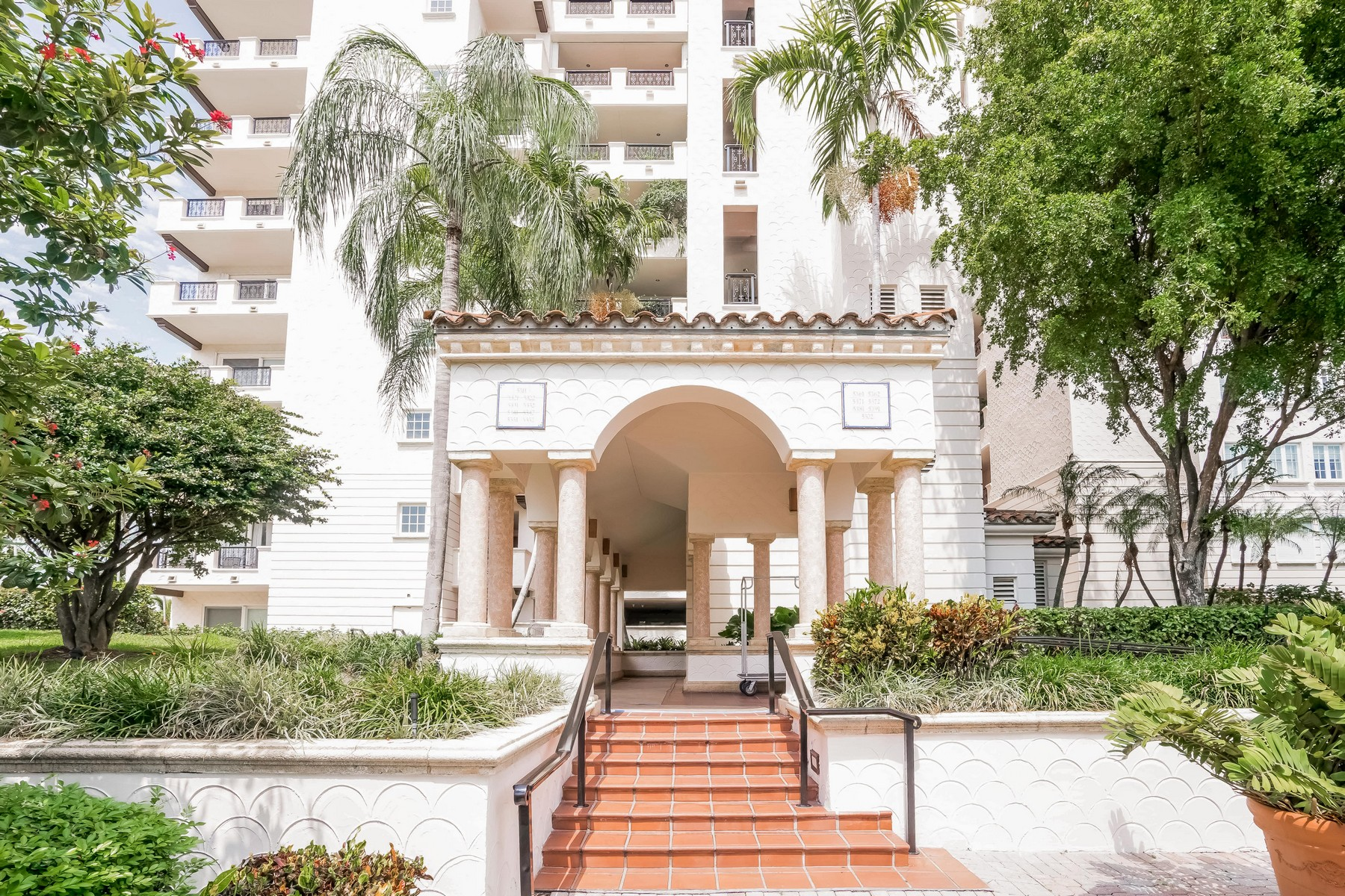 Property For Sale at 5335 Fisher island Dr #5335