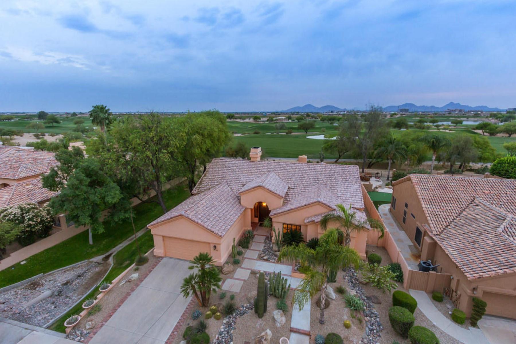 Частный односемейный дом для того Продажа на Fabulous home on the 3rd fairway 7735 E Hartford Dr Scottsdale, Аризона, 85255 Соединенные Штаты