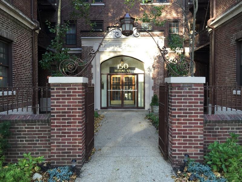 "Co-op for Sale at ""DESIGNER DECORATED STUDIO IN FOREST HILLS GARDENS"" 150 Burns Street, Apt 4G, Forest Hills Gardens, Forest Hills, New York 11375 United States"
