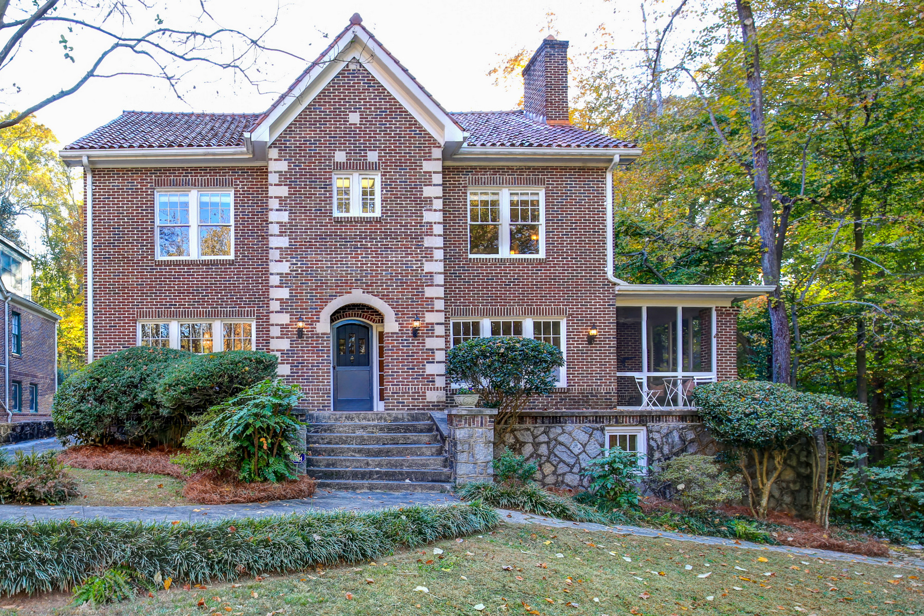 一戸建て のために 売買 アット Stately 1922 Architectural Beauty Offers Elegant Style with Modern Sensibility 1776 E Clifton Road Druid Hills, Atlanta, ジョージア, 30307 アメリカ合衆国