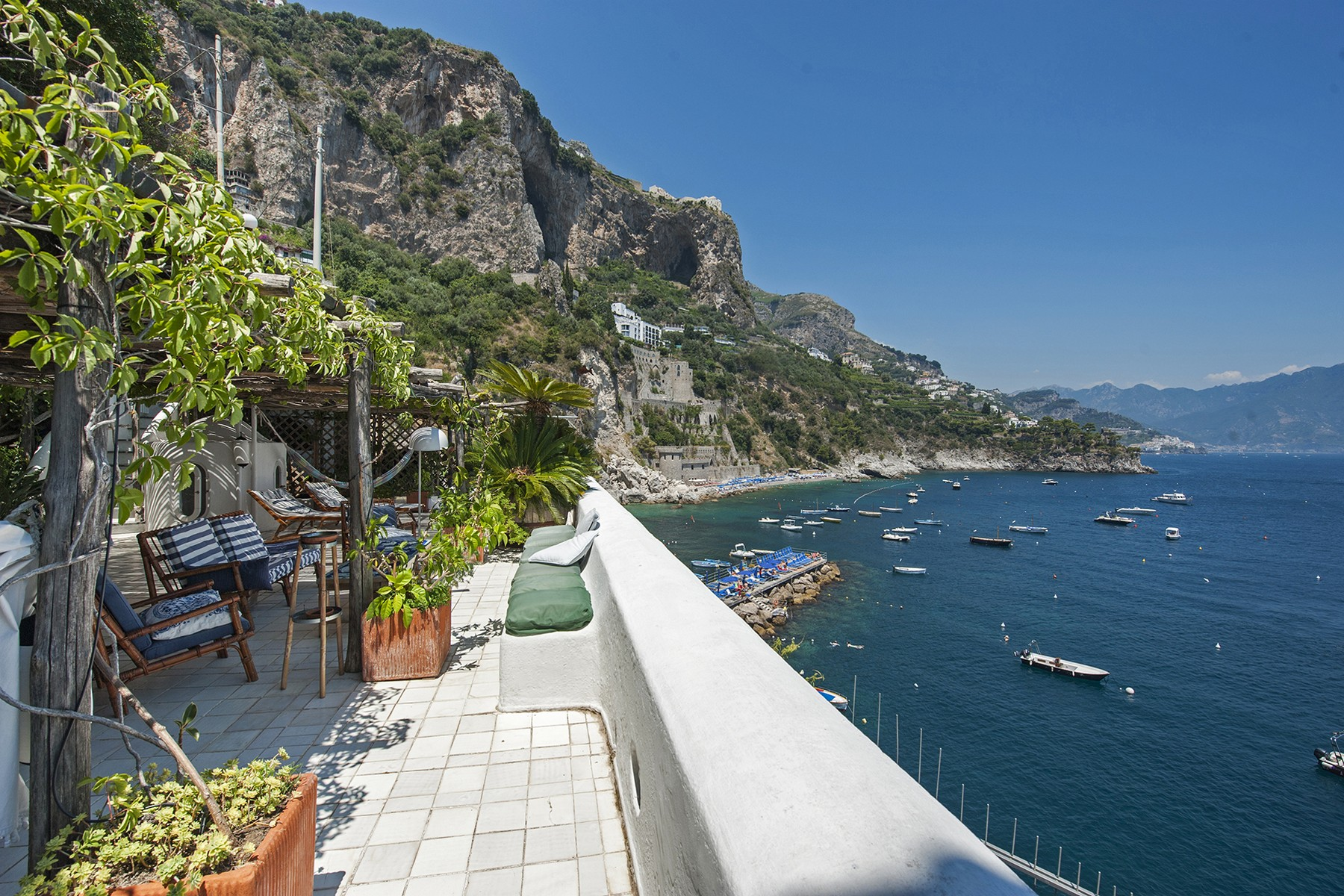 Townhouse for Sale at Villa Chandon Via Marina Conca Dei Marini, Salerno 84010 Italy