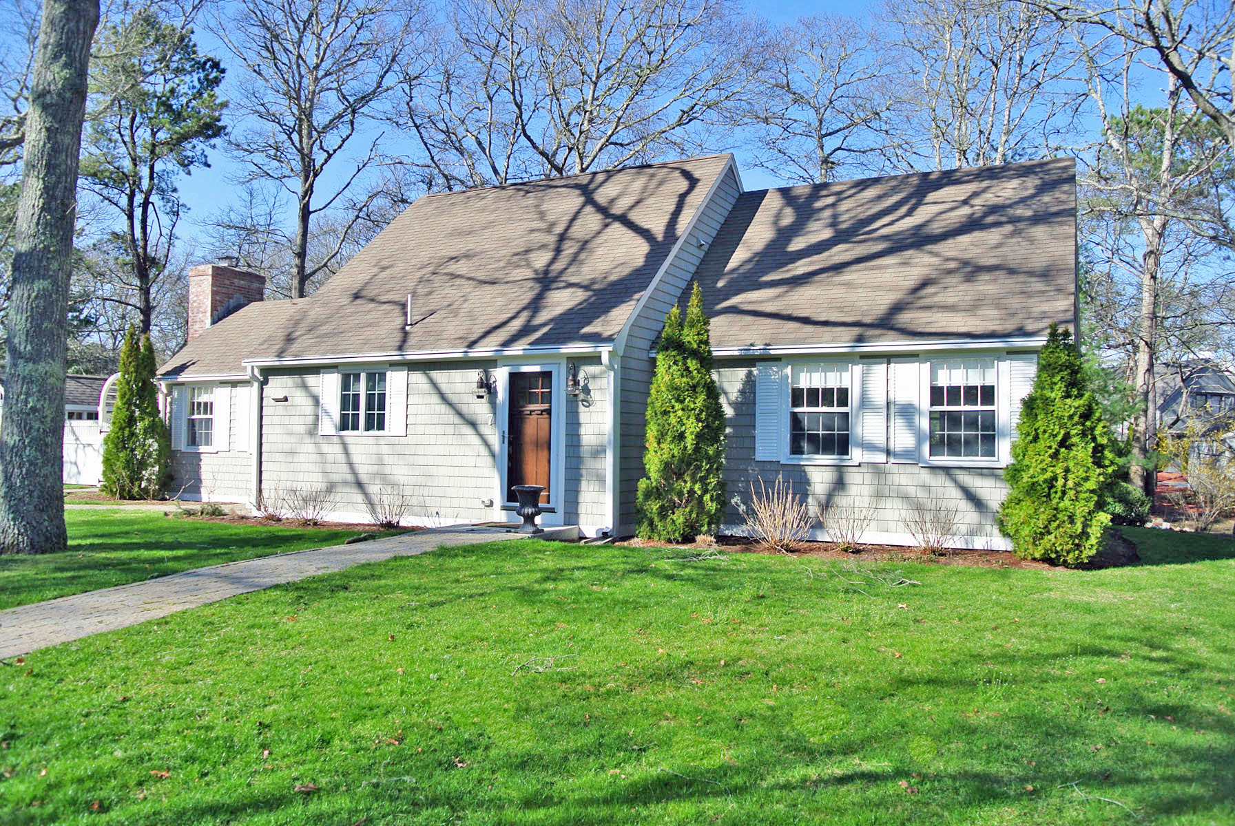 Single Family Home for Sale at EXQUISITE HOME 7 Sand Dollar Lane New Seabury, Massachusetts, 02649 United StatesIn/Around: Mashpee