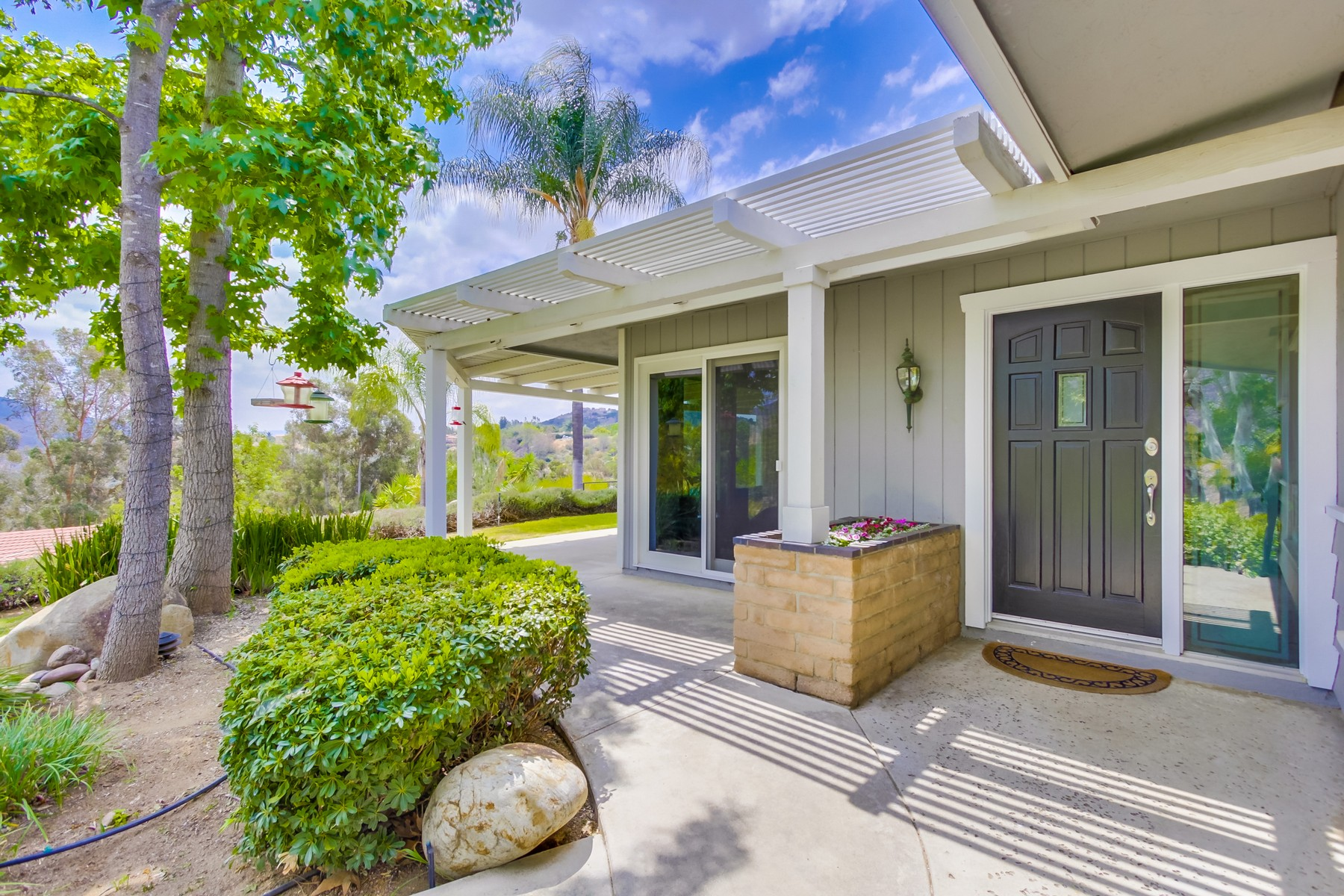 Villa per Vendita alle ore 2503 Singing Vista Way El Cajon, California 92019 Stati Uniti