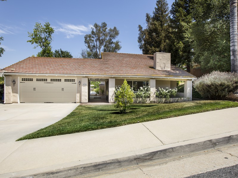 Single Family Home for Sale at 4516 Park Livorno Calabasas, California, 91302 United States