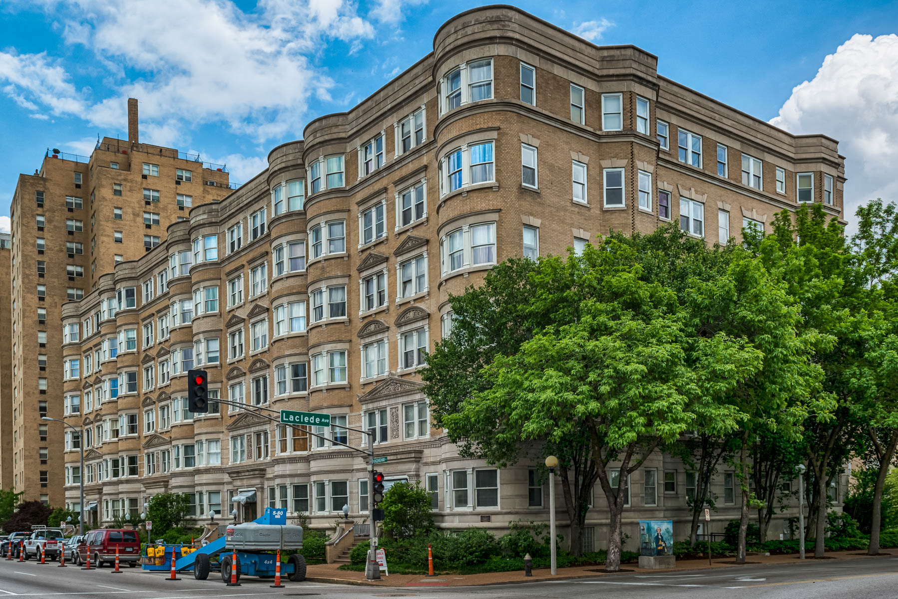 Condominium for Sale at North Kingshighway 4 N Kingshighway #9D St. Louis, Missouri 63108 United States