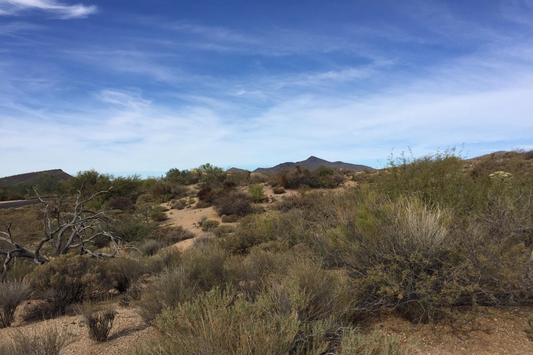 Terreno para Venda às Large lot in gated Sonoran Sanctuary 10723 E Rising Sun Dr #42 Scottsdale, Arizona, 85262 Estados Unidos