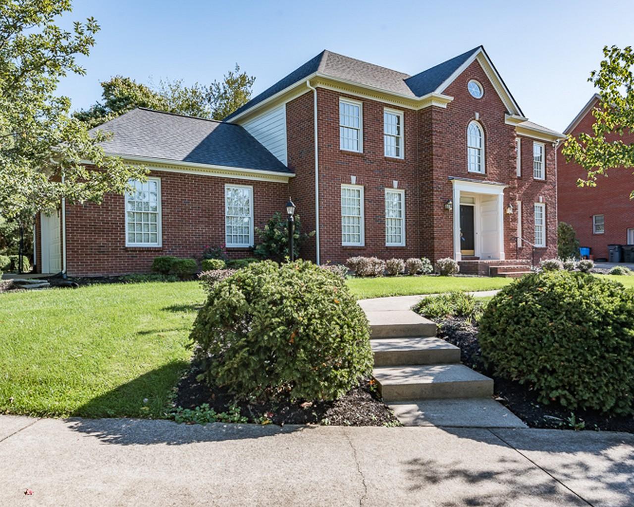 Property For Sale at 3854 Hidden Pond