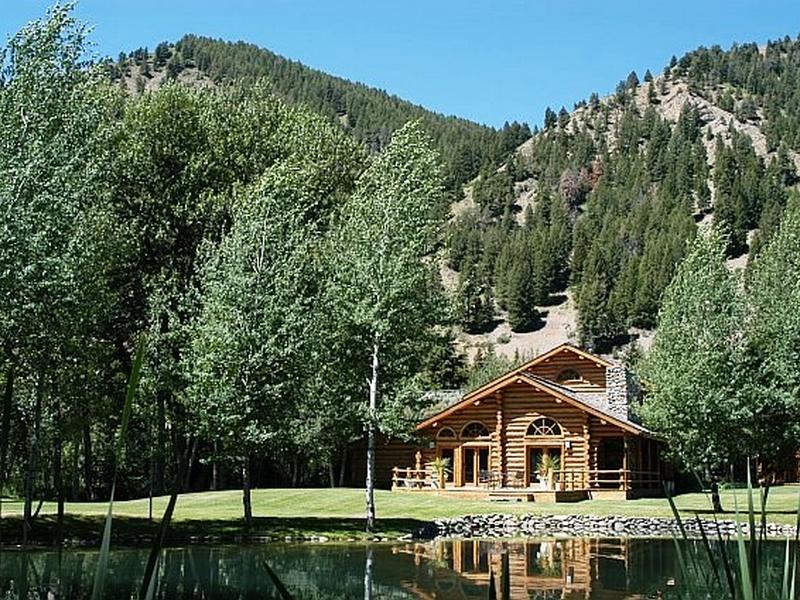 Nhà ở một gia đình vì Bán tại Mountain Traditional 146 Canyon Dr Mid Valley, Ketchum, Idaho 83340 Hoa Kỳ