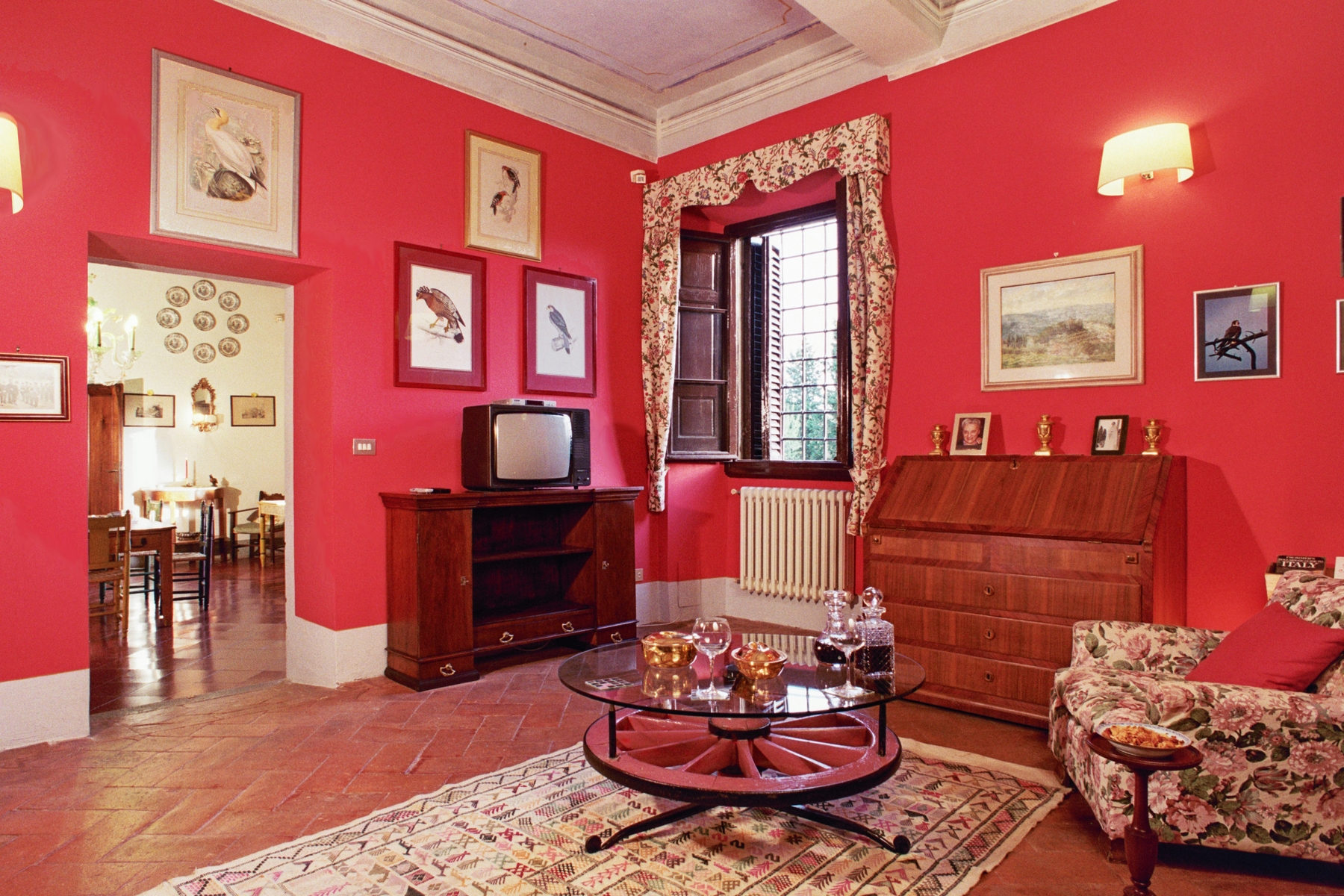 Additional photo for property listing at Historic villa 20 minutes from Florence Montespertoli, Florence Italien