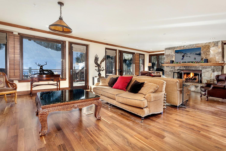Kat Mülkiyeti için Satış at One Beaver Creek Residence #R-61 15 W Thomas Place #R-61 Beaver Creek, Beaver Creek, Colorado, 81620 Amerika Birleşik Devletleri