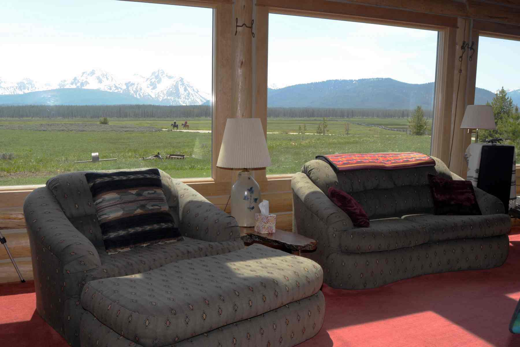 Additional photo for property listing at Sawtooth Mountain Retreat 2435 Cow Camp Road Stanley, Idaho 83278 United States