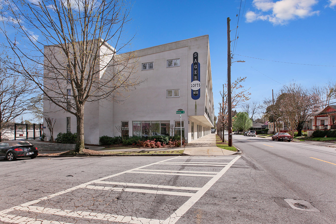 Condominio por un Venta en Contemporary Live/Work Condominium 455 Glen Iris Drive Unit A Atlanta, Georgia 30308 Estados Unidos