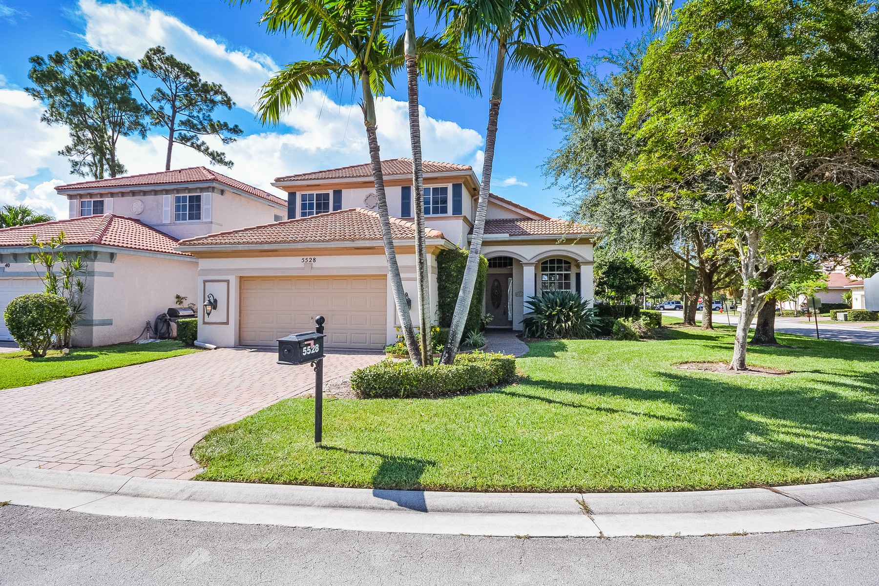 sales property at 5528 American Cir , Delray Beach, FL 33484