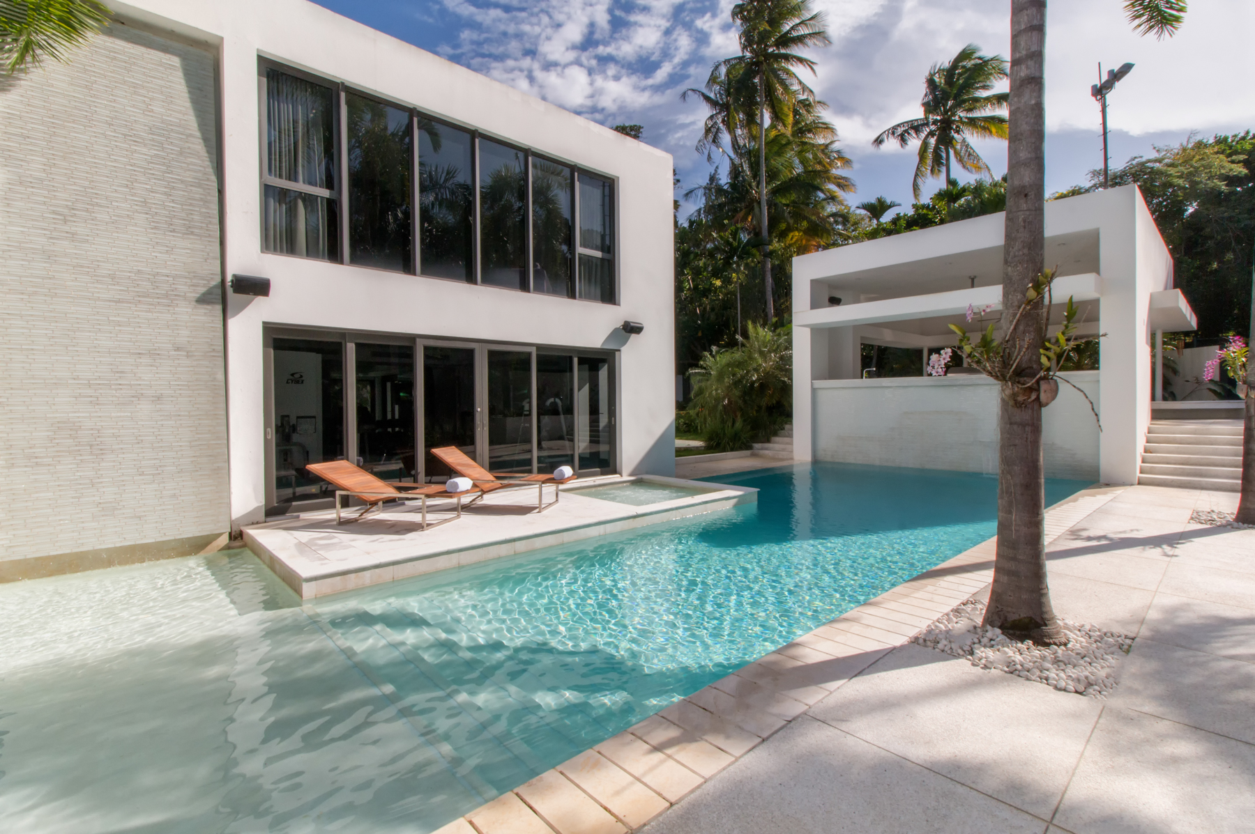 Single Family Home for Sale at Magnificent Contemporary at the estates 22 Dorado Beach Estates Dorado, 00646 Puerto Rico