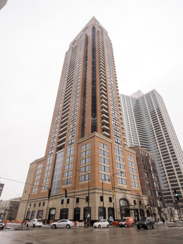 Condominium for Sale at Michigan Avenue Penthous 1160 S Michigan Avenue Unit 4602 Near South Side, Chicago, Illinois 60605 United States