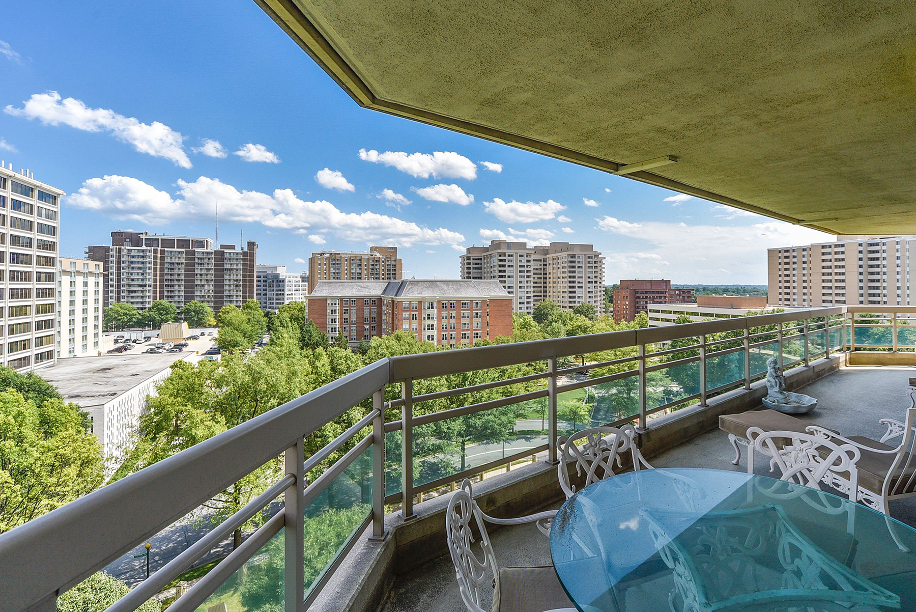 Additional photo for property listing at 5600 Wisconsin Avenue 1103, Chevy Chase 5600 Wisconsin Ave 1103 Chevy Chase, メリーランド 20815 アメリカ合衆国