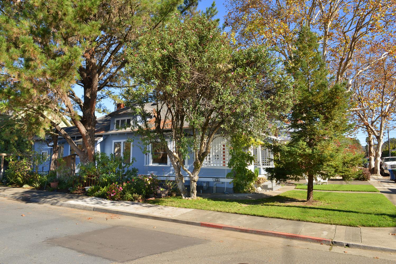 Additional photo for property listing at Healdsburg Craftsman Bungalow 401 Piper Street 希尔兹堡, 加利福尼亚州 95448 美国