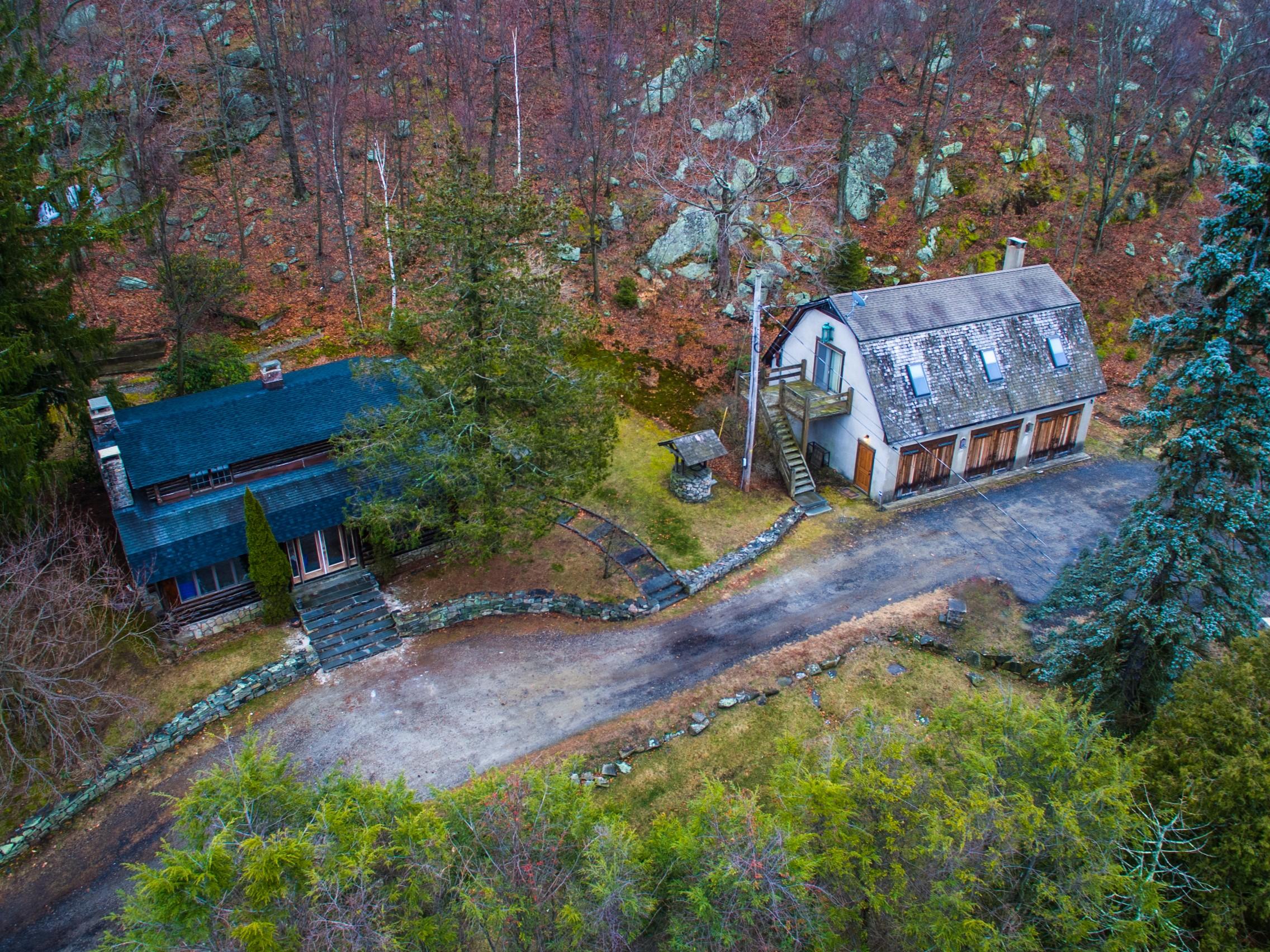 Casa Unifamiliar por un Venta en Hudson Valley Compound 971 State Hwy 17a Warwick, Nueva York, 10925 Estados Unidos