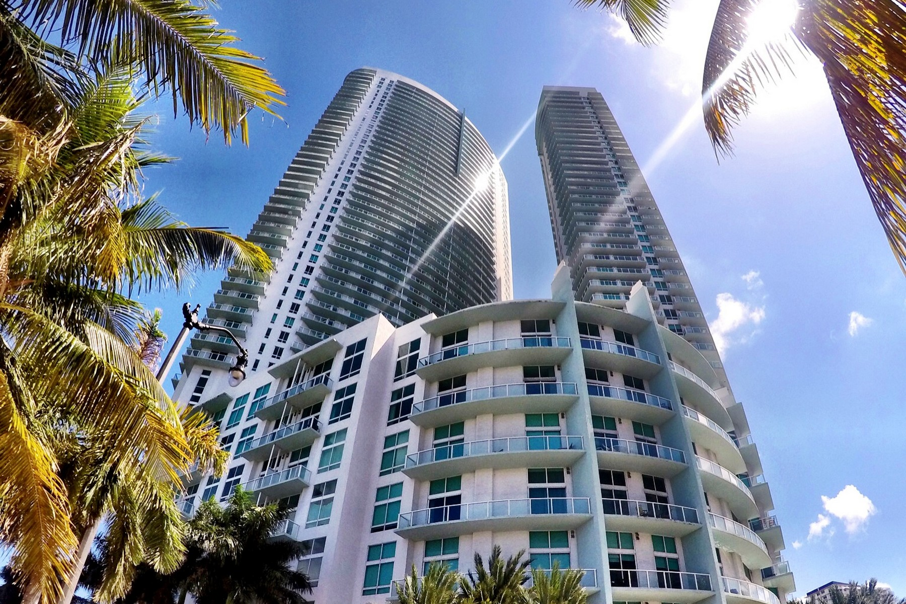 Single Family Home for Sale at 1900 N Bayshore Dr. # 3905 Miami, Florida 33132 United States