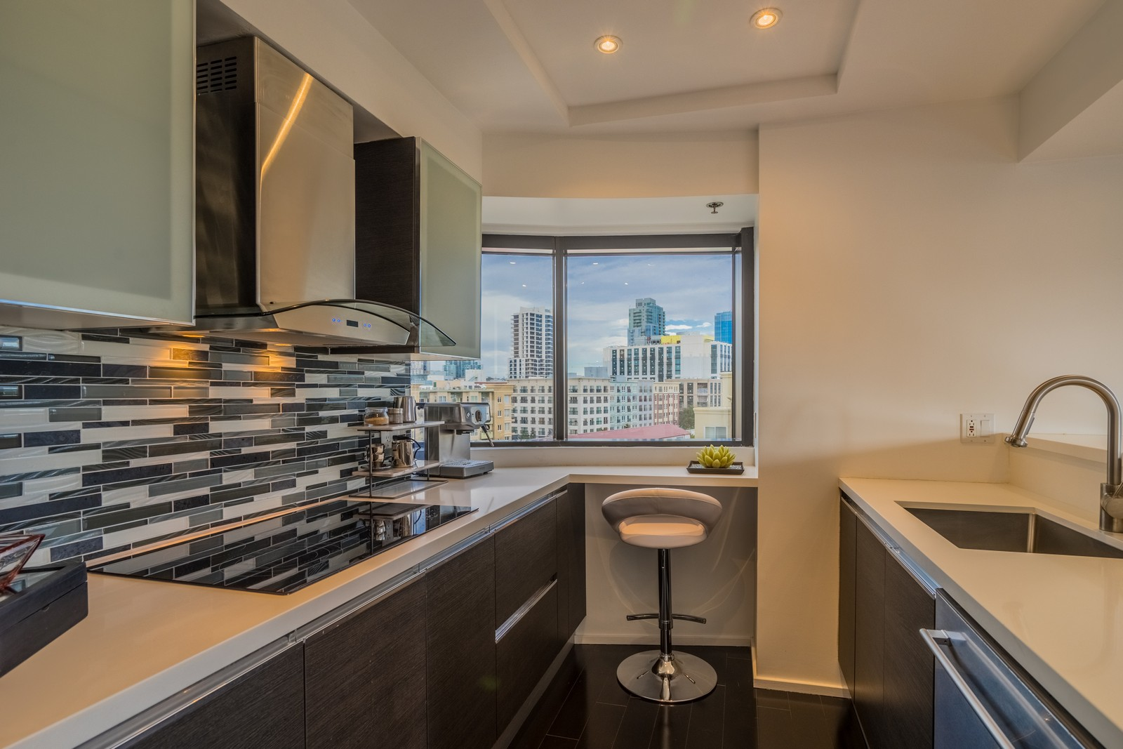 共管式独立产权公寓 为 出租 在 200 Harbor Drive, 701 圣地亚哥, 加利福尼亚州 92101 美国