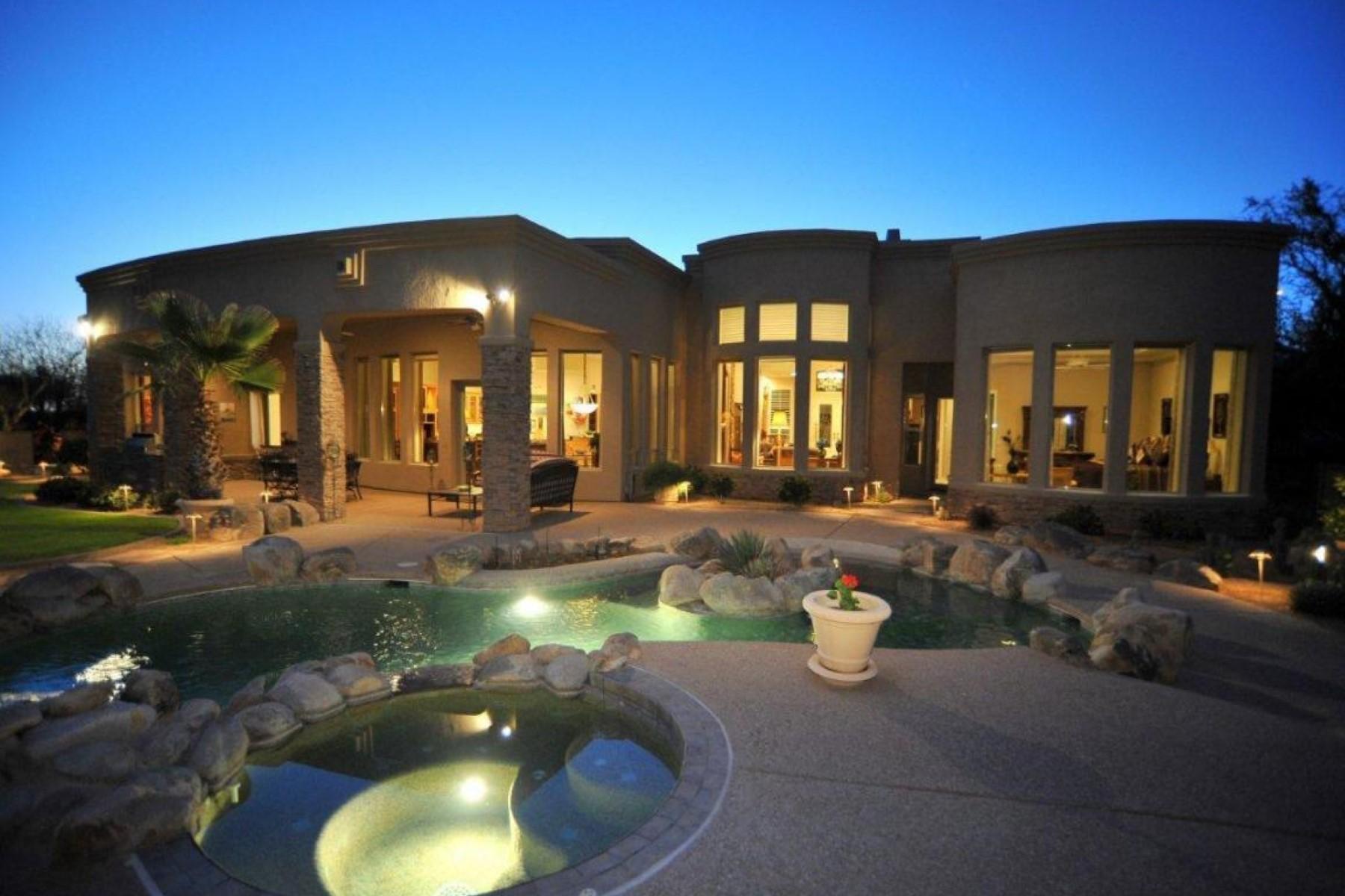 Vivienda unifamiliar por un Venta en Elegant Home In Exclusive Gated Stone Canyon Golf Resort Community 1302 W Stone Forest Place Oro Valley, Arizona 85755 Estados Unidos