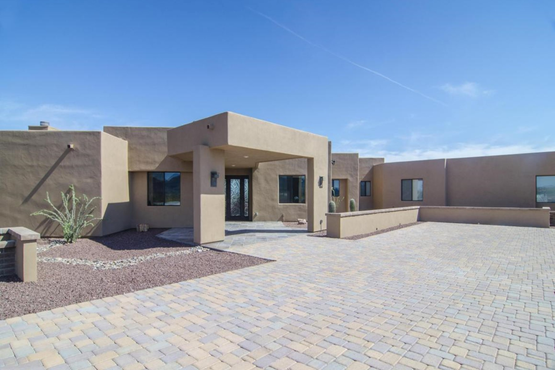Single Family Home for Sale at Absolutely breathtaking Westside Rio Rico home 1249 Calle Cherokee Rio Rico, Arizona, 85648 United States