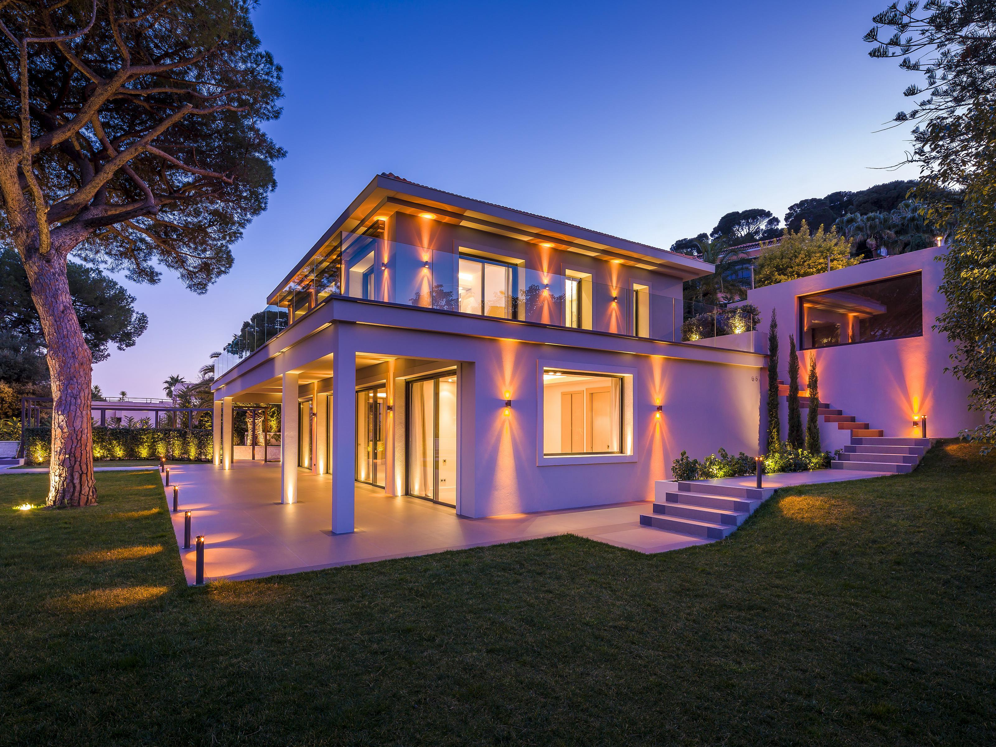단독 가정 주택 용 매매 에 Contemporary villa with high quality finihings Villefranche Villefranche Sur Mer, 프로벤스 앞ㄹ프스 코테 D'Azur 06230 프랑스
