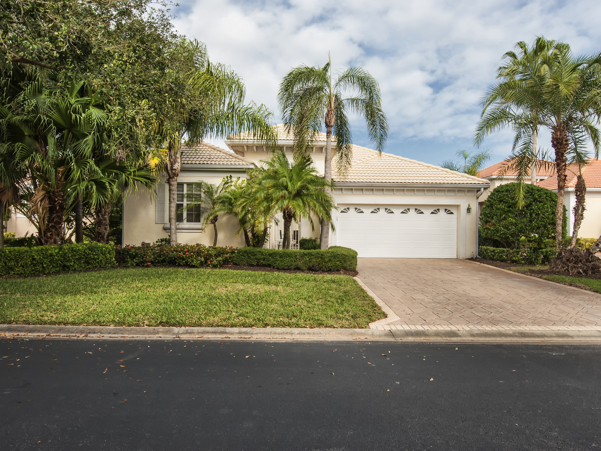 Property For Sale at Island Club of Vero Beach