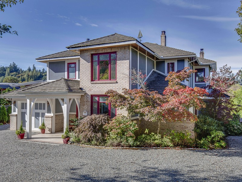 Single Family Home for Sale at Stetson Gated Estate 579 Stetson Place SW Bainbridge Island, Washington 98110 United States