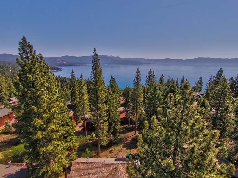 Single Family Home for Active at 146 Skyland Way Tahoe City, California 96145 United States