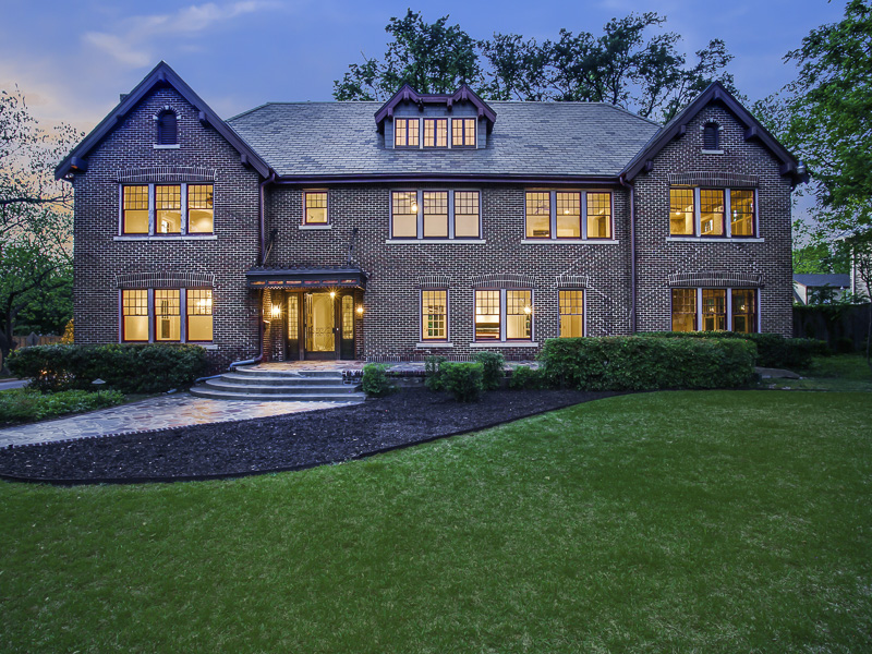 Single Family Home for Sale at Swiss Avenue Historic District 5803 Swiss Avenue Dallas, Texas 75214 United States