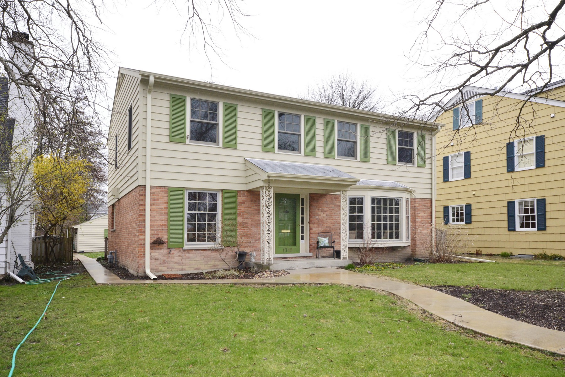 Single Family Home for Sale at Spacious And Sun-Filled Colonial 1342 Elmwood Avenue Wilmette, Illinois, 60091 United States