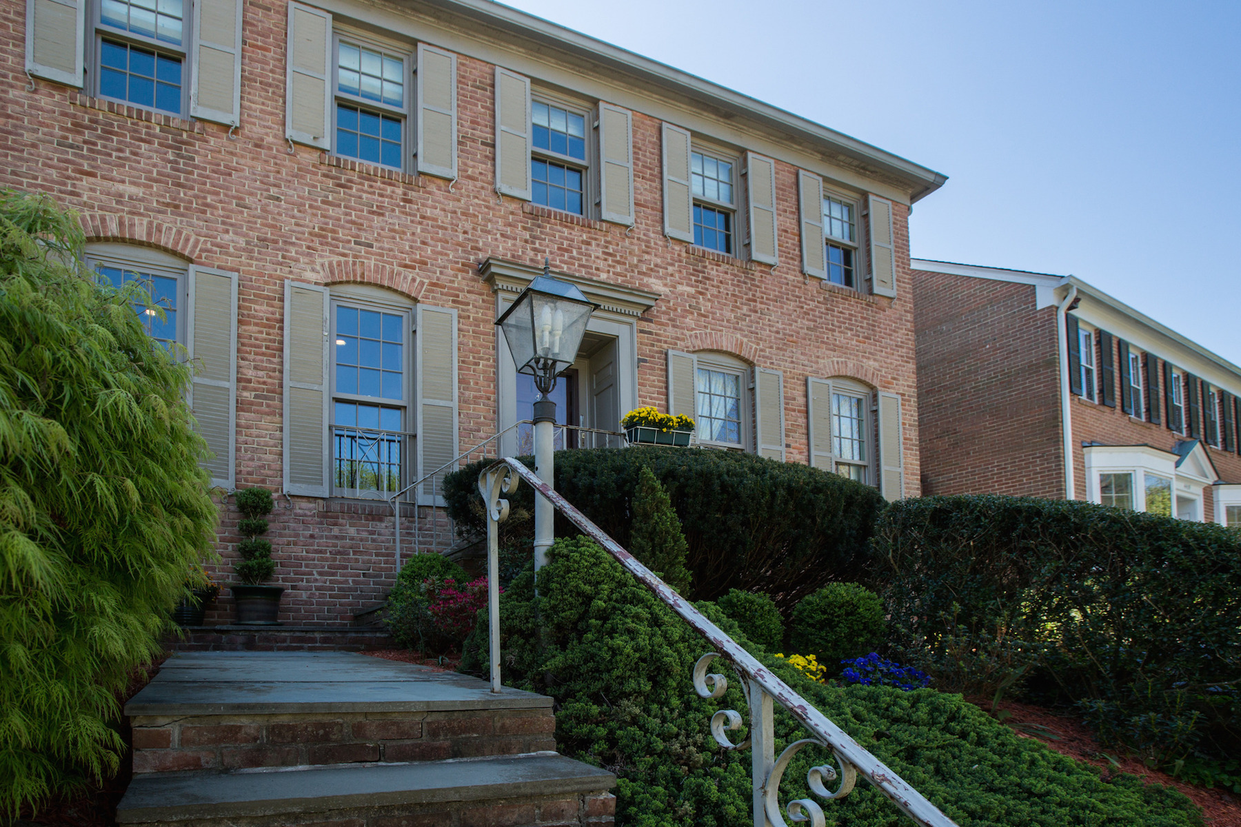 Single Family Home for Rent at 4421 Chalfont Place Sw, Bethesda Bethesda, Maryland 20816 United States