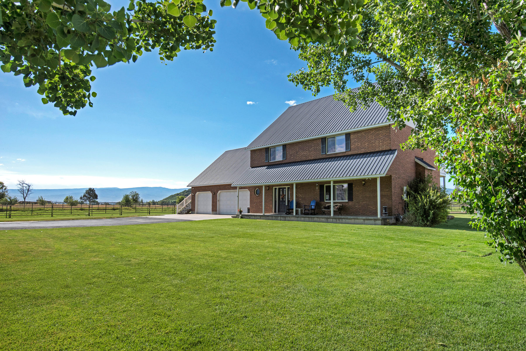 Single Family Home for Sale at Rare 4 Acre Horse Property in the Heart of Midway 84 East 600 North Midway, Utah, 84049 United States