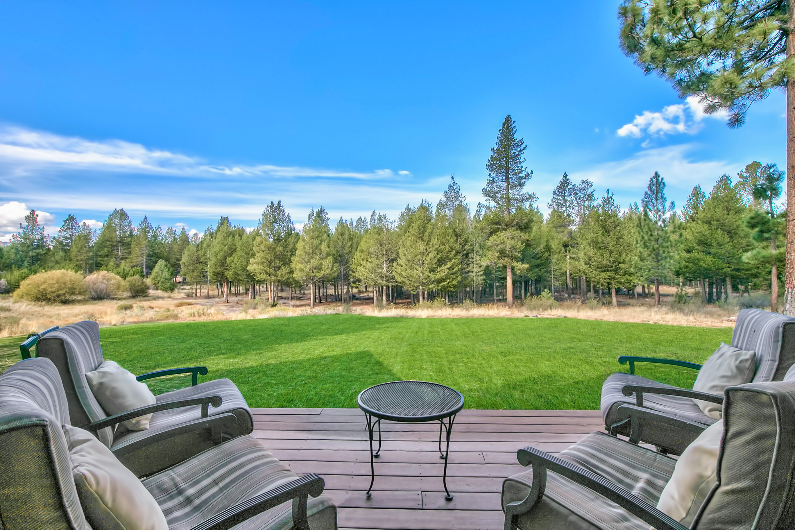 Single Family Home for Sale at 1300 Glenwood Way South Lake Tahoe, California, 96150 Lake Tahoe, United States